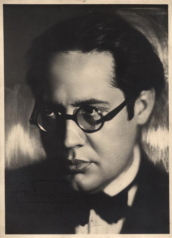 Andres Segovia, classical guitar